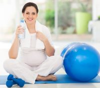 Những lưu ý khi tập yoga cho bà bầu mà các GV yoga và bà bầu phải biết