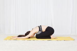 10 động tác yoga đơn giản nên tập trước khi ngủ