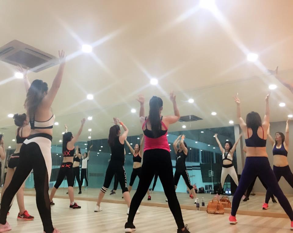 khai giang khoa dao tao hlv aerobic, yoga, zumba fit khoá 36