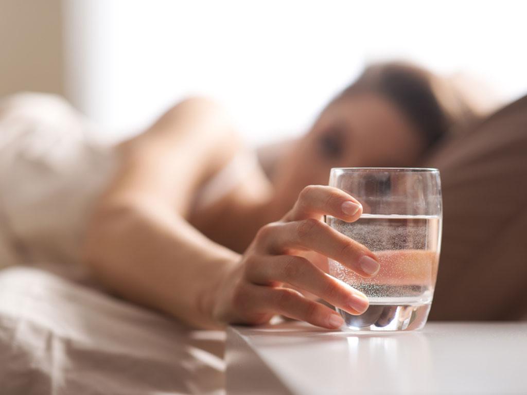 Những sai lầm khi uống nước có thể gây hại sức khỏe