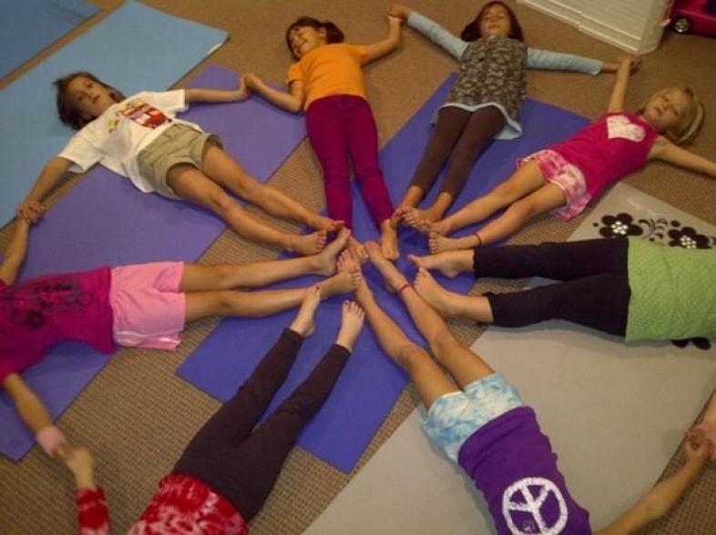 Lưu ý khi tập yoga cho trẻ em