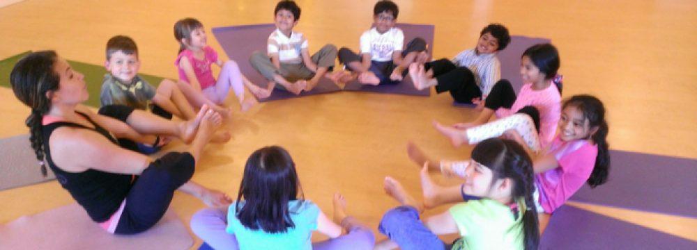 tap-yoga-cho-tre-em-4