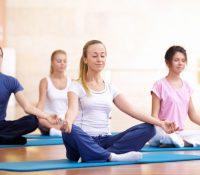Giải quyết tranh cãi về việc tập Yoga trong ngày đèn đỏ