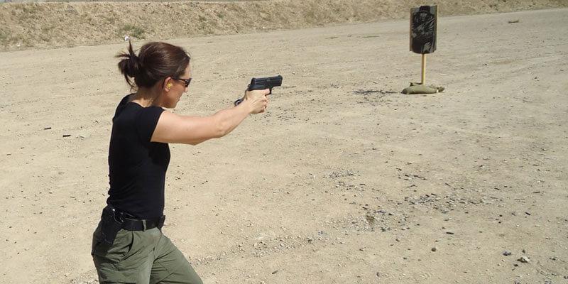 Nữ đặc vụ Mỹ Polly tiết lộ bí quyết giữ dáng chuẩn khỏe mạnh