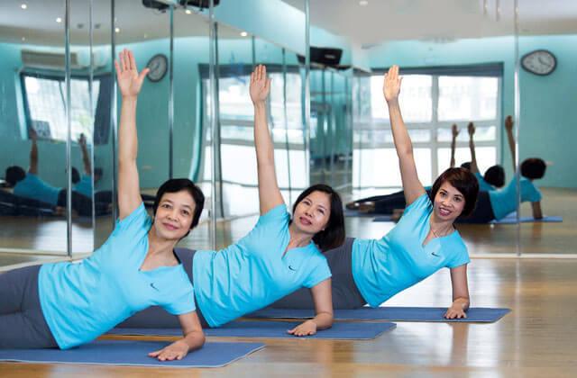 yoga cho phu nu tuoi trung nien