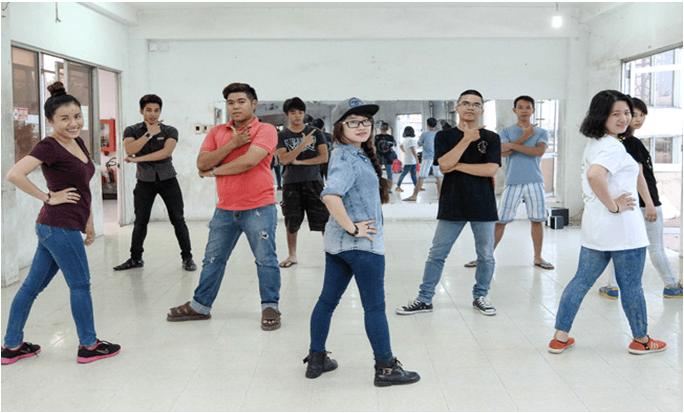 ưu đãi hot cho tháng 11 khóa học nhảy hiện đại trị giá 0 đồng