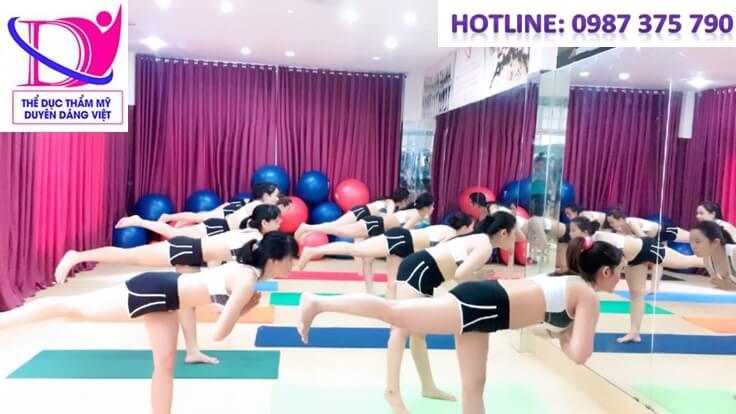 Trung tâm TDTM Duyên Dáng Việt khai giảng khóa học hlv yoga k39 ngày 24/11