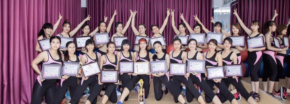 khóa học hlv yoga k39 duyên dáng việt