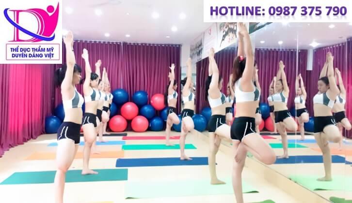 khóa học hlv yoga k39 khai giảng ngày 24/11 tại Duyên Dáng Việt