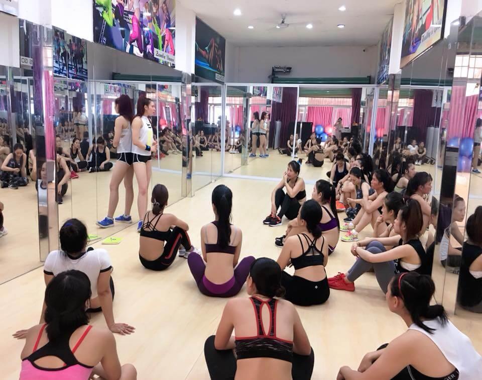 tập yoga hay Aerobics sẽ tốt hơn?