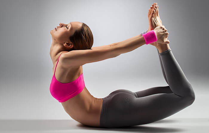 tăng kích thước vòng 1 cùng yoga đơn giản