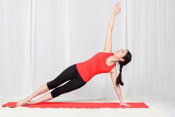 Yoga giảm mỡ bụng sau sinh