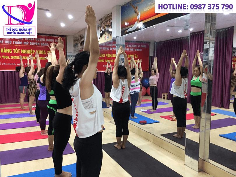 Duyên Dáng Việt đơn vị đào tạo huấn luyện viên Yoga đứng đầu toàn quốc