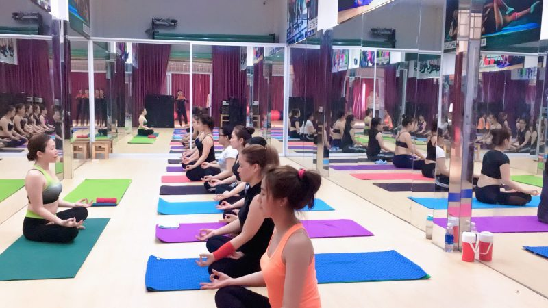Cách hít thở tring yoga căn bản