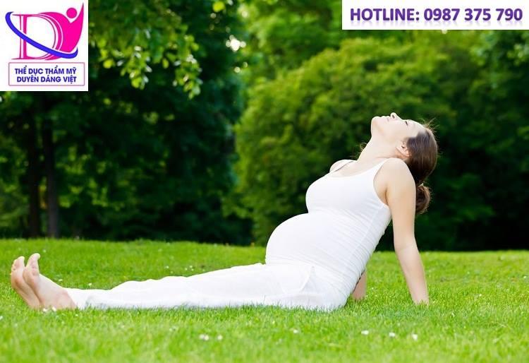 Yoga bầu giúp mẹ phục hồi sau sinh nhanh chóng