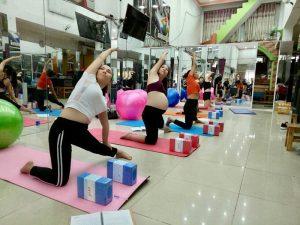 Chiêu sinh lớp yoga cho mẹ bầu liên lục hàng tuần