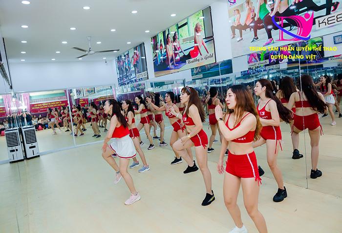 Hình ảnh học viên tại lớp học đào tạo HLV Aerobic tại Hà Nội