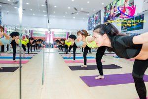 Tập thể dục giúp tăng sức đề kháng cho cơ thể tránh virus Corona