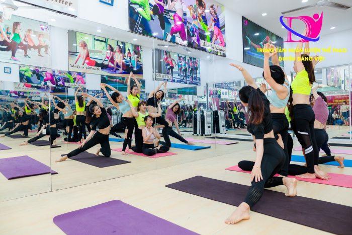 Yoga massage thai