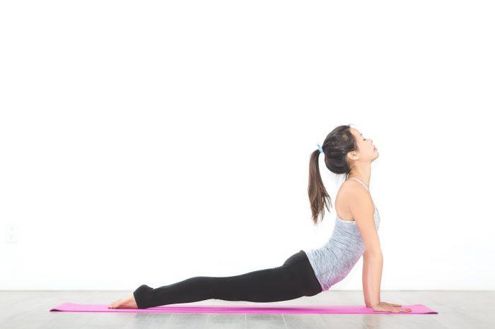 Yoga massage Thái