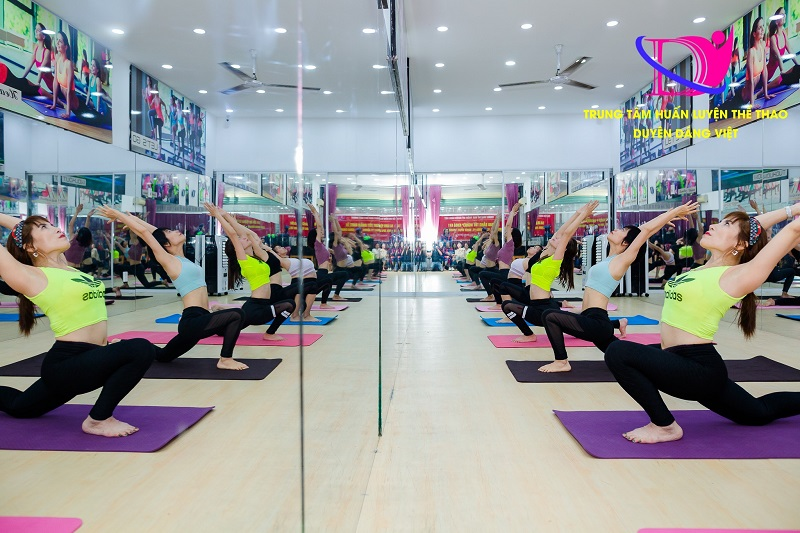 Duyên Dáng Việt- Địa chỉ đào tạo HLV Yoga uy tín