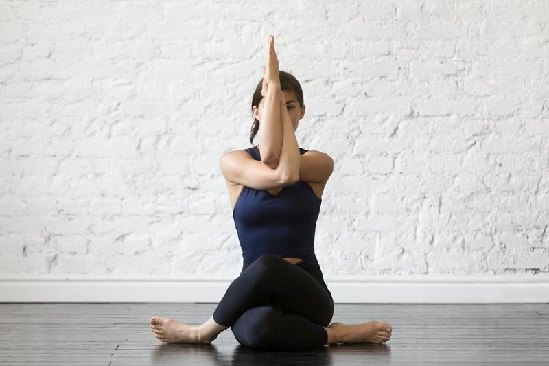 Yoga- Bộ môn chăm sóc sức khỏe, sắc đẹp tuyệt vời