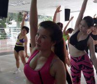 Phụ nữ hồi xuân nhờ tập thể dục thẩm mỹ