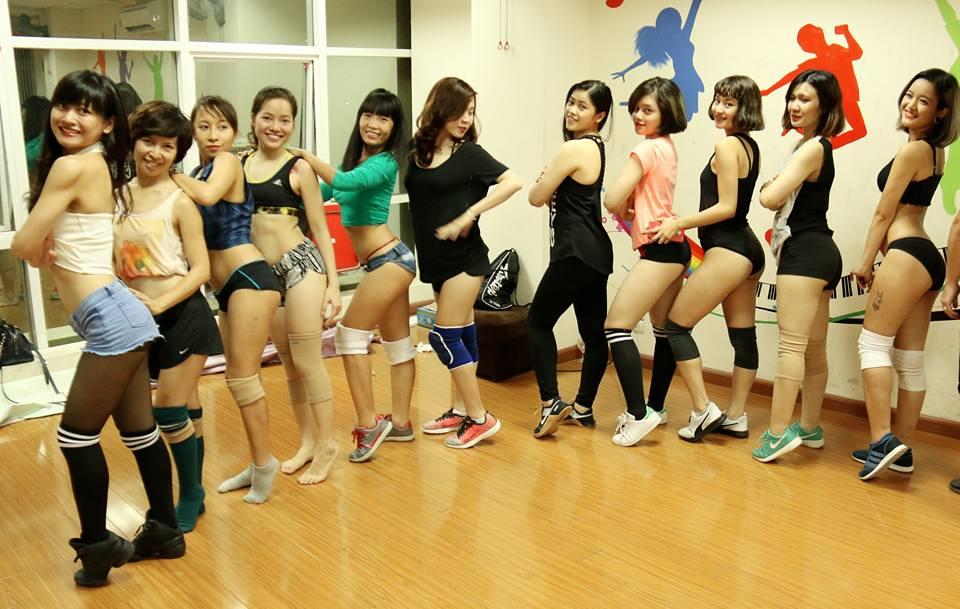 Dance Exy