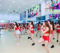 Tập aerobic tại phòng tập – Tăng hiệu quả giảm cân nhanh chóng