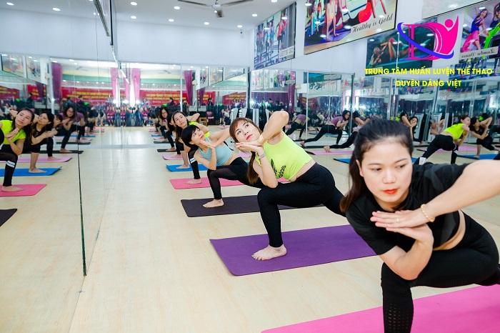 dao tao hlv yoga tai ha noi